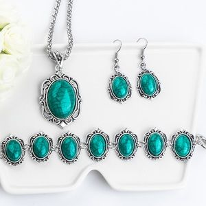 💙💎Romantically Vintage  Beaded Jewelry Set💙💎